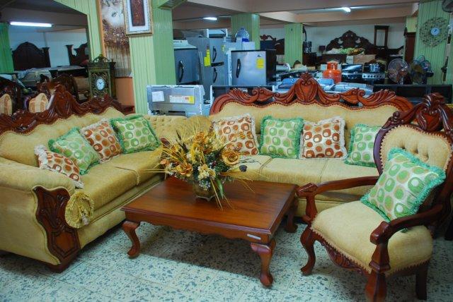 Muebles modernos en caoba imagui for Juego de muebles para sala modernos