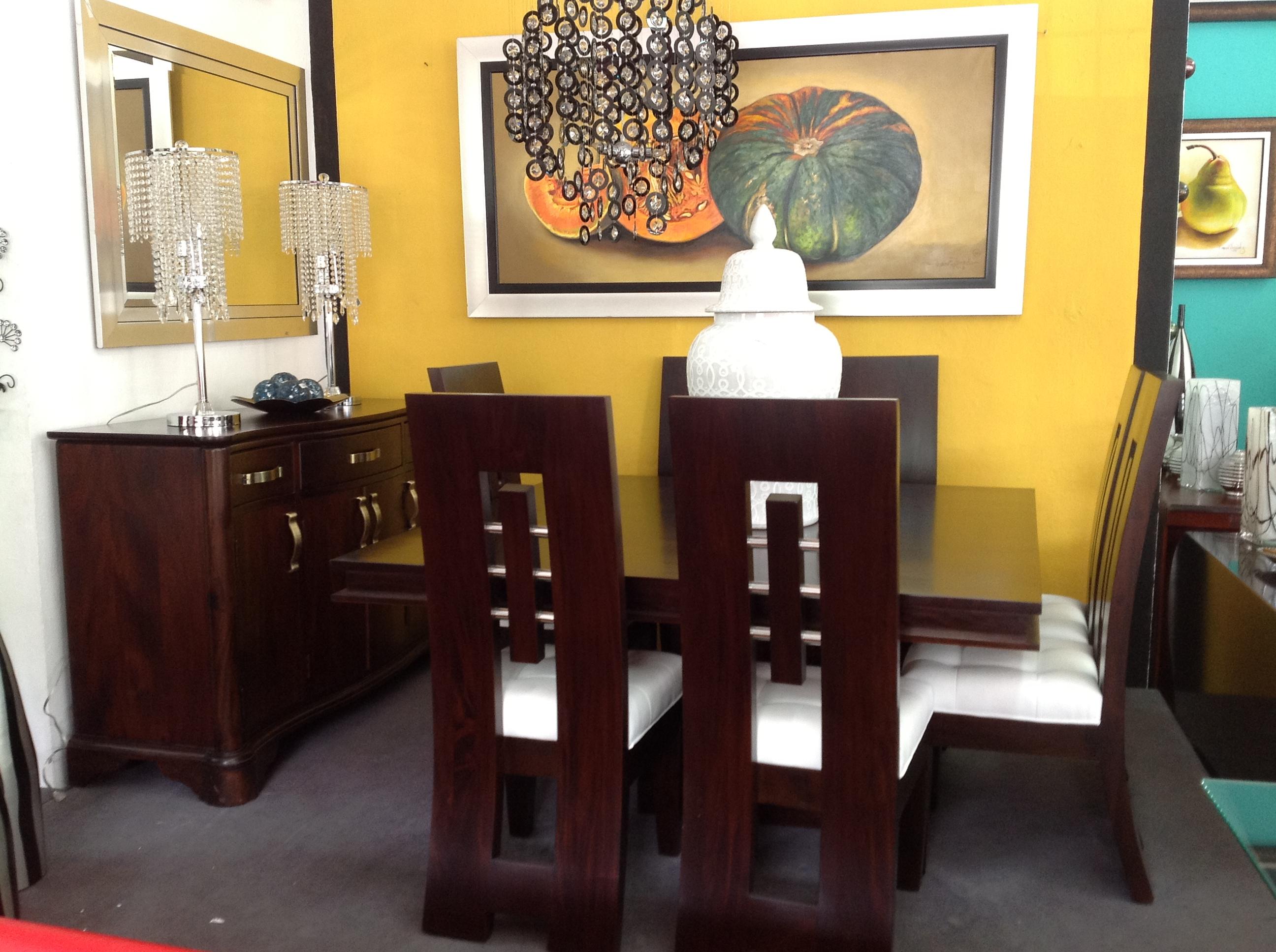 Muebles en caoba para salas 20170809172434 for Adornos modernos para comedor