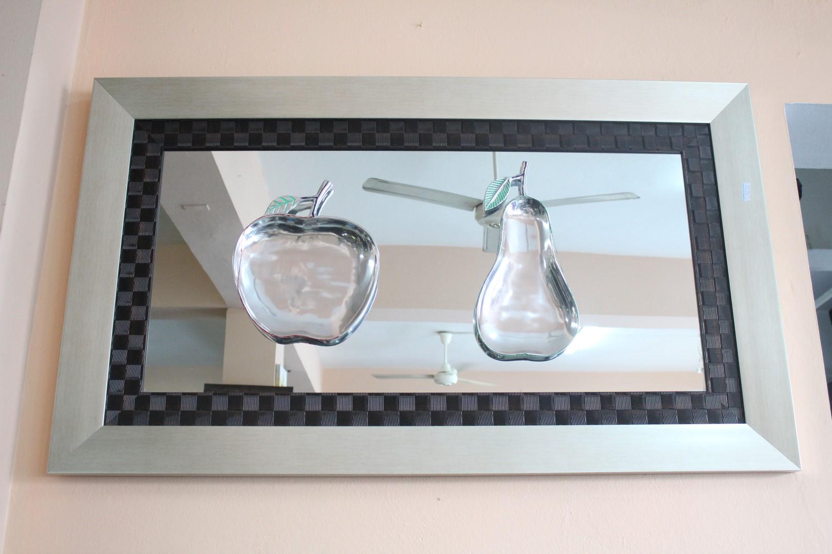 Credenzas Modernas En Espejo : Un espejo como nunca lo habias visto. u2013 homero muebles